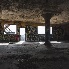 Creatures of abandonment. (GnarlyRelics) Tags: urban usa abandoned graffiti nikon ruins texas fort decay tx urbandecay structure tokina explore worth dfw exploration abandonment fortworth urbex d7100 1116mm