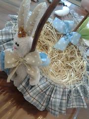 20150219_171015 (adriana.comelli) Tags: capa coelhos cadeira pascoa cestas ninhos cenouras guirlandas
