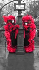 Carnaval d'annecy (zbjdyh) Tags: red blackandwhite annecy colors rouge noiretblanc carnaval déguisement 法国 petitevenise carnavaldevenise 카니발 venisedesalpes 灿 프링스