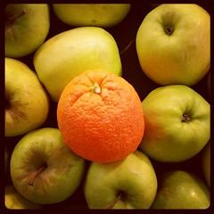 Diferenciate pero que no sea por el color sino por tu esencia. #Cidecan15 #TecnologicaSC