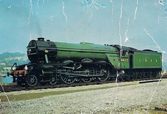 com pos D.xxz Flying Scotsman (robsue888) Tags: train postcard rail railway 70s 1970 1970s dateestimated