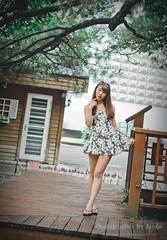 jaylin-0290 ( Jaylin) Tags: school portrait girl hat rain studio outside glasses model women university longhair taiwan straw olympus oldhouse dresses taipei mirco turf omd   jaylin m43   40150mm mzd  jelin      linjay