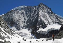 Approach (Alpine Light & Structure) Tags: alps schweiz switzerland suisse alpen valais arolla mtblancdecheilon