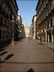Calle Alfonso I (margabel2010) Tags: calles callespeatonales farolas personas fachadas ventanas balcones zaragoza cpula solysombra sombras forjados casas metal piedra