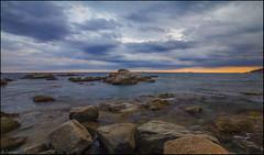 Mar de rocas (antoniocamero21) Tags: marina color foto sony calella girona catalunya nubes atardecer