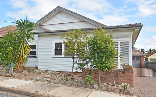 9 Porter Avenue, East Maitland NSW 2323