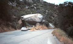 Tunnel Rock 1985 (Per Olof Forsberg) Tags: california rock stone tunnel sequoia dolmen obelix menhir tulare