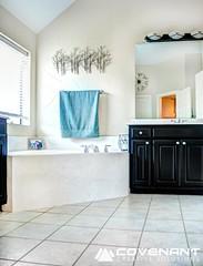 Master Bathroom (sharper43) Tags: bathroom realestate interior decoration master decorating decor interiordecoration hdr interiordecorating masterbathrom