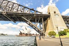 Harbor Bridge and Opera House, Sydney, New South Wales, Australia (D200-PAUL -- Off for the Weekend) Tags: sydney australia circularquay unescoworldheritagesite unesco worldheritagesite newsouthwales jornutzon sydneyharbor royalbotanicgardens sydneyoperahouse jørnutzon mrsmacquariespoint sydneyharborbridge mrsmacquarie sydneytheatrecompany macquariespoint operahousesydney operaaustralia sydneysymphonyorchestra josephcahill theaustralianballet utzonjørn utzonjorn cahilljoseph