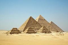 435391741101386 (isidorteamer1849) Tags: desert pyramid interestingness1 egypt cairo giza necropolis egypte pirmides gizeh egipt caire gizan gze