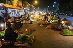 Bogor Night Market (3) (Rudy Sempur) Tags: street city light urban vegetables night indonesia evening southeastasia downtown market midnight westjava trade seller bogor 18105 d3100