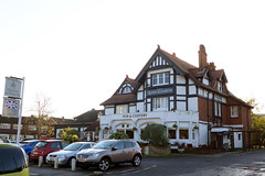 Queen Elizabeth, Chingford, E4 (Ewan-M) Tags: england london pubs queenelizabeth chingford e4 rgl queenelizabethhotel thequeenelizabeth londonboroughofwalthamforest forestside thequeenelizabethhotel needsrglreview addtolondonpubs trumanspub trumanhanburybuxtonpub punchtavernspub punchpub