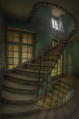 You know that feeling when you trip on stairs? (Robin Decay) Tags: trip castle abandoned robin stairs that spiral stair you know decay du staircase when cavalier feeling chateau pere urbex fouetard
