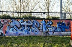 graffiti amsterdam (wojofoto) Tags: graffiti amsterdam trackside railway boarding spoor spoorweg wojofoto stek wolfgangjosten nederland netherland holland
