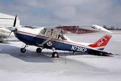 N739CP (Glen Novitsky) Tags: county snow ice canon airport tn tennessee full m33 frame sumner gallatin 6d km33