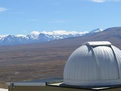 "Observatoire Lac Tekapo <a style=""margin-left:10px; font-size:0.8em;"" href=""http://www.flickr.com/photos/83080376@N03/16572343928/"" target=""_blank"">@flickr</a>"