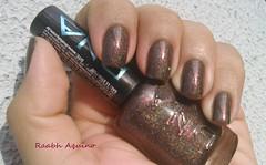 City - DNA Italy (Raabh Aquino) Tags: brown nails dna nailpolish vinho marrom holo esmalte duochrome