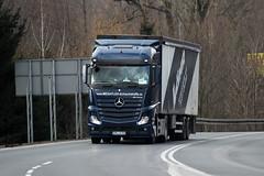 Mercedes Actros MP4 / MEGAFLEX (D) (magicv8m) Tags: transport trans lkw tir
