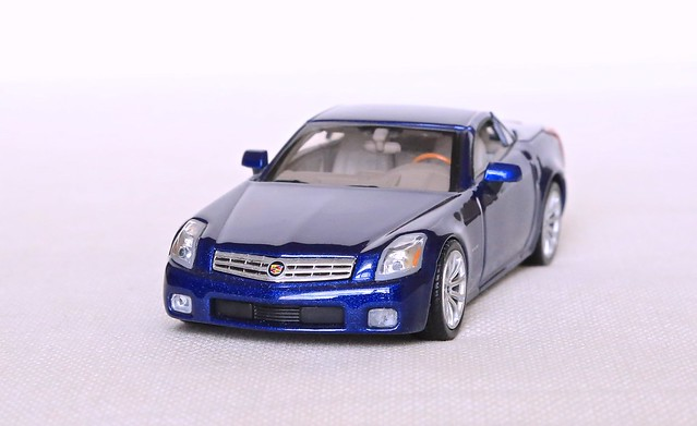 2004 scale car models cadillac xlr roadster 143 norev