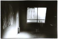 emproyee's room (junku-newcleus) Tags: hotel hp5 m6 summaron