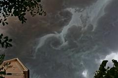 die Wetterkche brodelt..... (Ossiland) Tags: ostfriesland gewitterwolken sommerabend