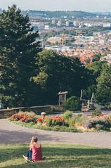 View Over Stuttgart (freyavev) Tags: 50mm vsco niftyfifty mikasniftyfifty teehaus stuttgart badenwrttemberg view park candid girl person canon vertical green pink