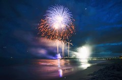 #22 Bournemouth fireworks (Agata Winiarska) Tags: bournemouth dorset england sky fireworks longexposure sea beach fireshow colors blue bournemouthpier pier nikon d7000 365 365project