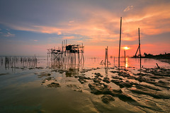 Hidden World (zollatiff) Tags: hiddenworld landscape seascape johorbharu travelmalaysia beautifuljohor pantaiparitjabar dawn morning colorfulsunset reflection naturetranquility zollatiffflickr nikond7100 nikkor1024 batupahat senggarang waterscape twilight colorsorange water