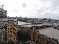 DSC07154 (Ben Sutherland) Tags: creativecommons creativecommons20 london londonskyline tatemodern viewfromthetatemodern londonfromthetate londonviews
