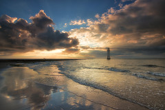 The Lighthouse Thats Seen Over 67,000* Sunsets (Rob Pitt) Tags: newbrighton wirral newbrightonlighthouse summer sunsets aunset clouds beach waves golden sand mersey river sea