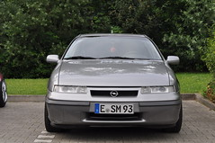 Opel Calibra 2.0 i 16V (1993) (Transaxle (alias Toprope)) Tags: garagentreffen garage meeting garage10 gelsenkirchenbuer a52 garageday wwwgarage10de auto autos amazing beauty bella beautiful bellamacchina car cars coche coches carro carros d90 design dreamcar exotic exotics engineering engine hot iconic kraftwagen kraftfahrzeuge legendary legend motor macchina macchine nikon power powerful soul styling sportscar sportcars street toprope unique urban voiture voitures wheels wheel world youngtimer