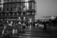 Cagliari (matta.eu) Tags: street cagliari rinascente semafoto bn biancoenero canon canon50d eugeniomatta