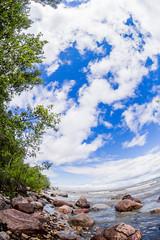 Grand Beach, Lake Winnipeg (Jucá Costa) Tags: rocks rochas praia shore lake lago mar água céu hdr fisheye sky grandeangular olhodepeixe opteka samyang bower grandmarais manitoba canada ca 65mm 8mm 35 rokinon grandbeach lakewinnipeg