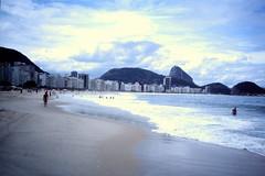 2003-03-25 Rio de Janeiro 01 (MicdeF) Tags: brasile brazil copacabana dia diapositiva riodejaneiro scan scansione slide geo:lat=2297052417 geo:lon=4318150520 geotagged