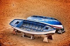 Varado (Helena Hayde Sansiviero) Tags: marinero botes mar marine boats sea