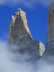 Torre Sur - Torres del Paine (Mono Andes) Tags: andes chile patagonia regindemagallanes parquenacional torresdelpaine parquenacionaltorresdelpaine
