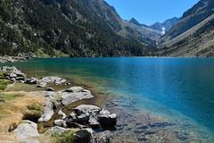 Lac de Gaube (Mystycat =^..^=) Tags: hautespyrnes midipyrnes france parcnationaldespyrnes lacdegaube cauterets vignemale montagne eau lac 65
