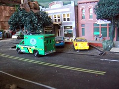 Oct  20,2016 (THE RANGE PRODUCTIONS) Tags: greenlight johnnylightning model matchbox modellayout toy dioramas diecast diecastdioramas ford ambulance 164scale hoscalefigures
