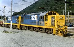 19820415_F12312_APSPII-50 DJ3211 at Arthurs Pass (johnstewartnz) Tags: asahipentaxspii asahipentax asahipentaxspotmaticii spotmaticii 50mm takumar m42 nzr newzealandrailways mitsubishi dj dj3211 arthurspass emptycoal film transparency scan epson epsonv700 v700 locomotive dieselelectric diesel diesellocomotive 1067mm 1067mmgauge