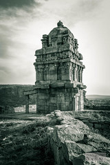 Badami #31 (:: p r a s h a n t h ::) Tags: badami 2014 hindutemples ancienttemples cavetemples rockcuttemples vatapi karnatakatemples chalukyaarchitecture medievaltemples badamicavetemples