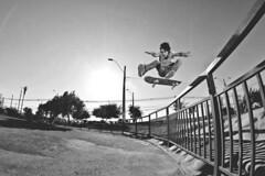 ... (d-kings) Tags: chile canon eos skateboarding skate skateboard 8mm sk8 mov f35 strobist 40d rokinon choconiosphotos fotosdechoconio yn460 yongnuo460 diegoespinoza dkingsphoto movskateboardingmagazine