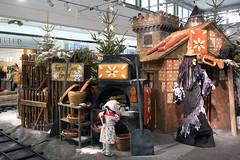 Einkaufzentrum Regensburg Sprookjeshuis Explore 20150213 (Olga and Peter) Tags: germany shoppingmall regensburg duitsland einkaufzentrum hansengrietje hanselundgretel f323185