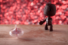 His Heart's Spinning (Ahd Photography) Tags: red love toy heart valentine spinningtop sackboy