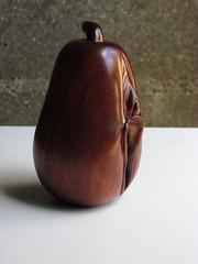 clit yoni pear (cornaboeuf) Tags: art sex cunt pussy vagina woodcarving chatte yoni clit vulva erotism clitoris fica fotze surinamwood