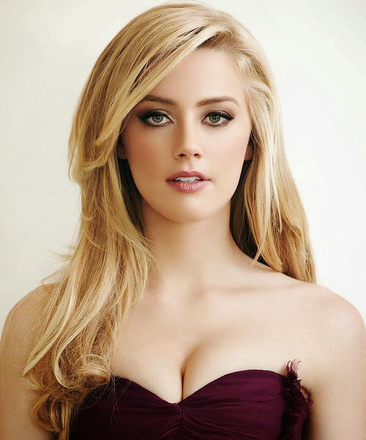 AMBER HEARD HD Images