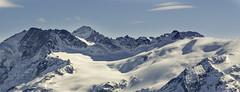 Le Rateau, la Barre des Ecrins, le glacier de la Girose, et la station suprieur du tlphrique (jm.buchet (VisionNatureJMB)) Tags: winter snow mountains hiver glacier neige barre ecrins montagnes jandri rateau
