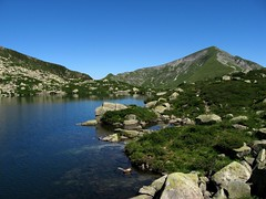 Du col de las Fouzs  l'tang d'Alate (PierreG_09) Tags: arige pyrnes pirineos bassis lac tang lake see alate tangdalate montceintpic de girants