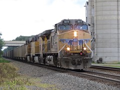 Norfolk Southern Chicago Line / MP 456 Eastbound (codeeightythree) Tags: up ns silo unionpacific grainsilo norfolksouthernrailroad rollingprairie unitcoaltrain unitcoal rollingprairieindiana norfolksouthernchicagoline