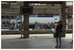 La Spezia_0368 (Thomas Willard) Tags: people italy station train italia central railway stazione treno centrale laspezia ferroviaria