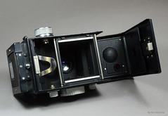 Ikoflex Ia on Display (10) (Hans Kerensky) Tags: ikoflex ia 85416 zeissopton tessar 135 75mm lens 6x6 tlr zeiss ikon display